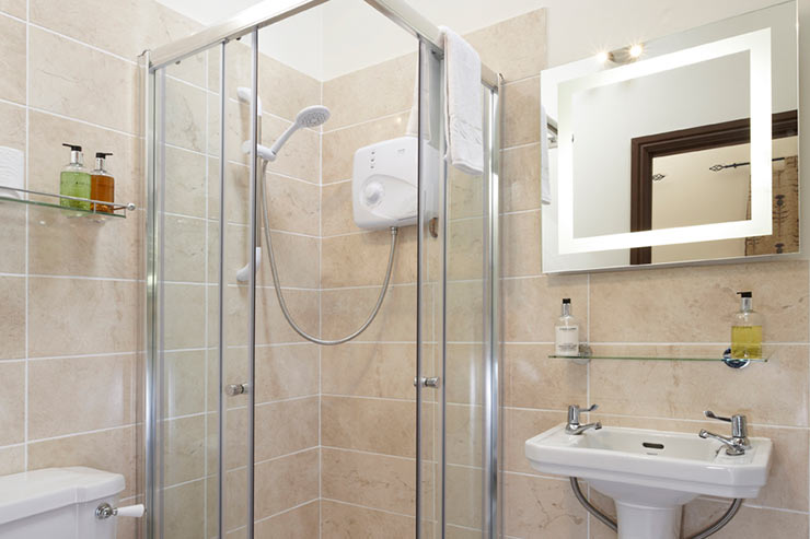 Willoford - Ensuite Bathroom